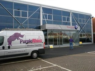 Window-Washing-from-purple-rhino.co.uk