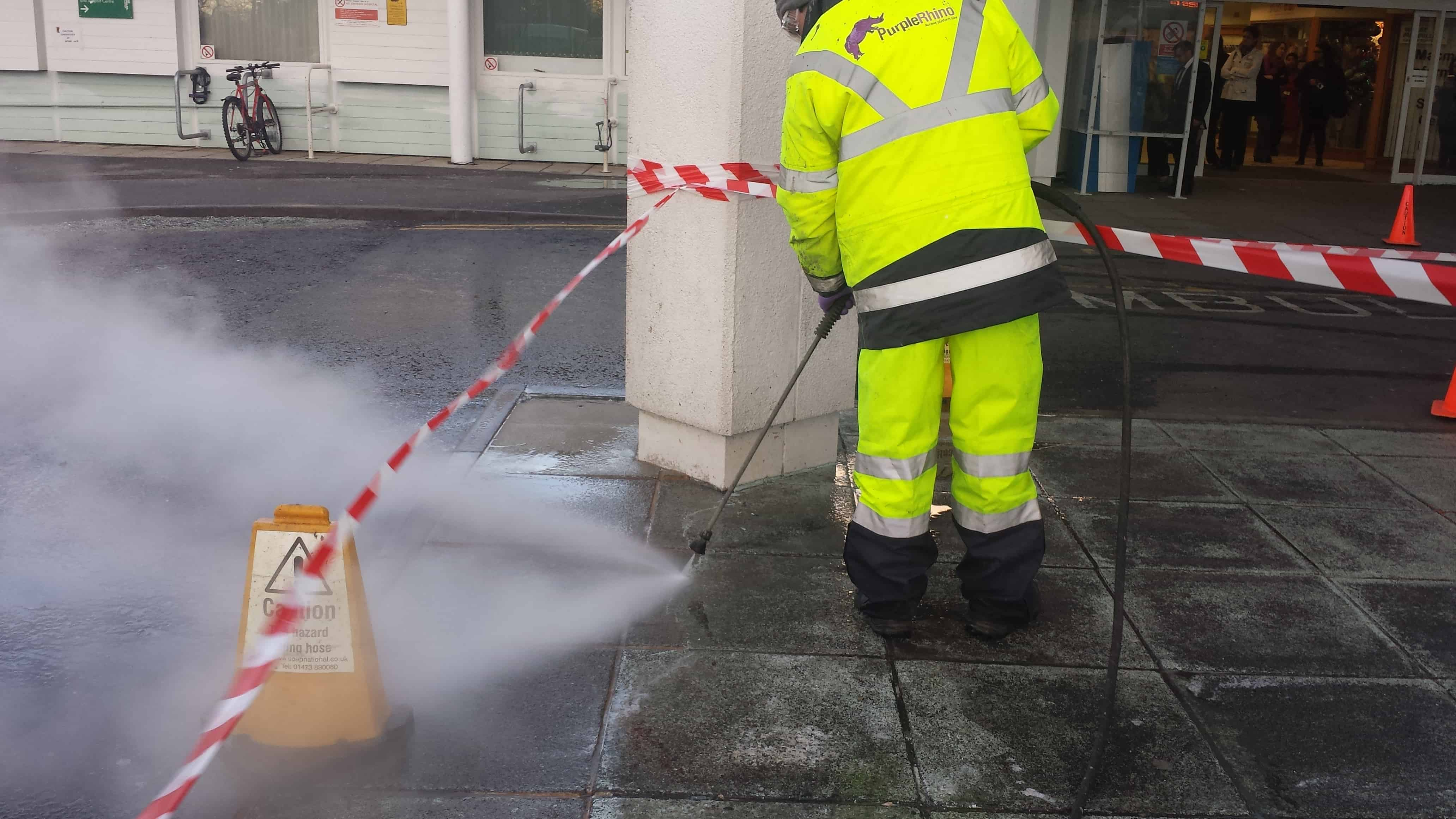 pressure-washer-service-from-purple-rhino-co-uk