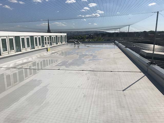 epdm membrane roof cleaning